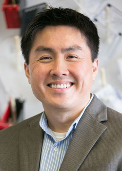 UCLA researcher receives prestigious grant to advance understanding of treatment-resistant melanoma