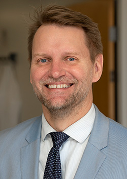 Peter M. Bracke, Communications Director